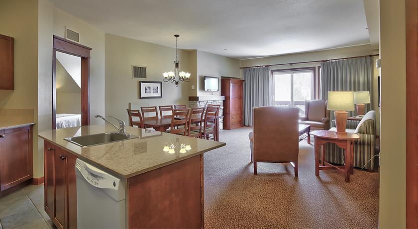 Blue Mountain Resort Village 3 Bedroom Suite 1 900 Non