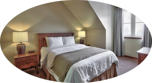 MLK Ski Weekend 3 Bedroom Village Suite twin bedroom cropped