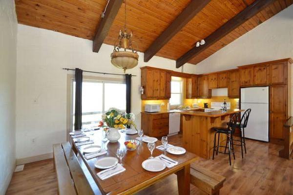 MLK Ski Weekend 5 Bedroom Chalet Dining Room Upstairs