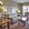 MLK Ski Weekend Village 3 bedroom Suite livingroom