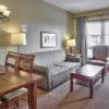 MLK Ski Weekend Village 3 bedroom Suite livingroom