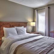 MLK Ski Weekend Wintergreen 3 bedroom condo queen bedroom