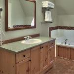 MLK Ski Weekend Black Ski Weekend Snowbridge 4 bedroom villa bathroom