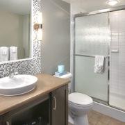 MLK Ski Weekend Mosaic 3 Bedroom suite bathroom