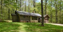 Robins Nest 2 BR cottage