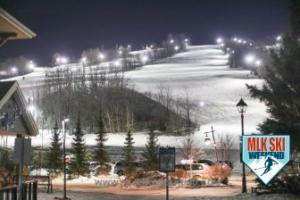 MLK Ski Weekend 2017 Black Ski Weekend night ski at the resort (1)
